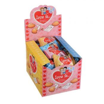 Печенье с пожеланиями love is
